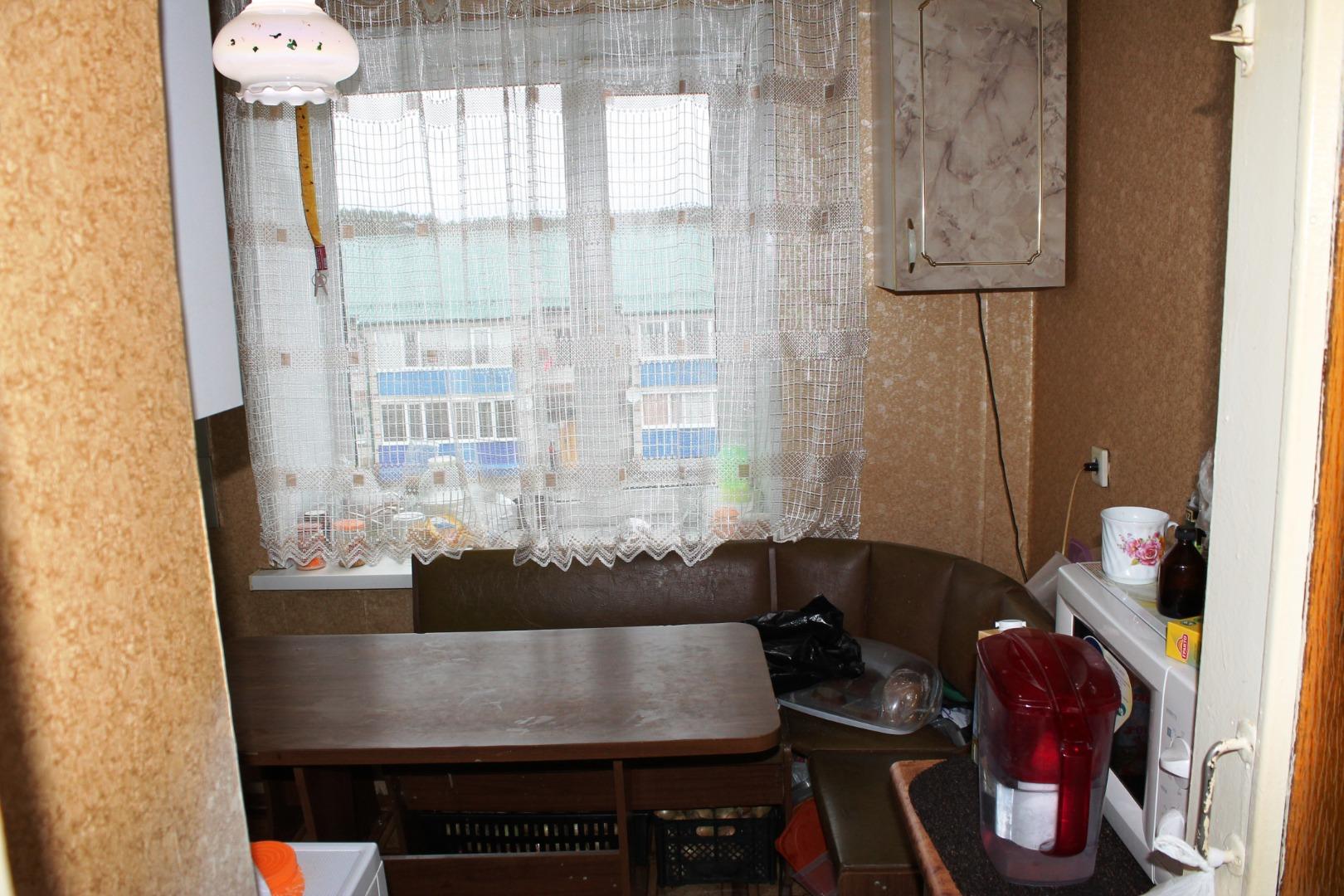 Квартира на продажу по адресу Россия, Тюменская Область, Заводоуковский городской округ, Заводоуковск, улица Свободы, 12
